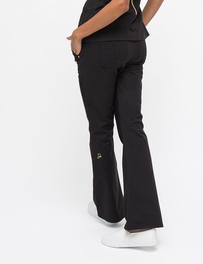 The Pintuck Pant